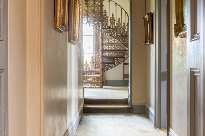 Neo-classical in style this Grade 1 listed country house is surrounded by parkland and accessed down a long drive with views over the river. & Simple Elegance | Pineapple Locations | Location agency u0026 Location ...