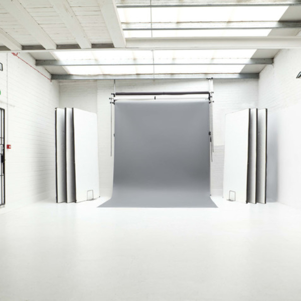 whiteroom3lr